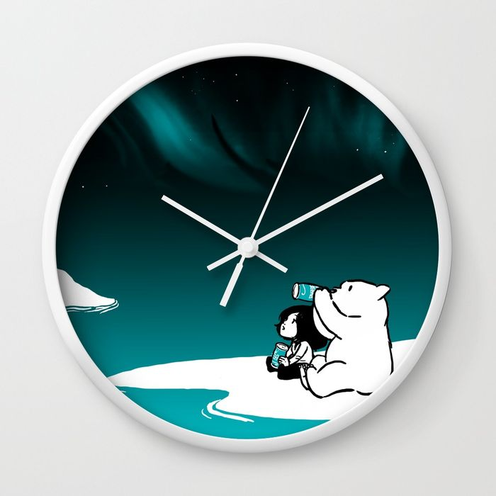 icelandic-bear-aurora-borealis-wall-clocks